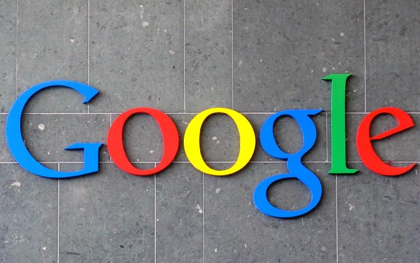 Komunikaty w wyszukiwarce Google dla użytkowników mobilnych - rychło w czas!
