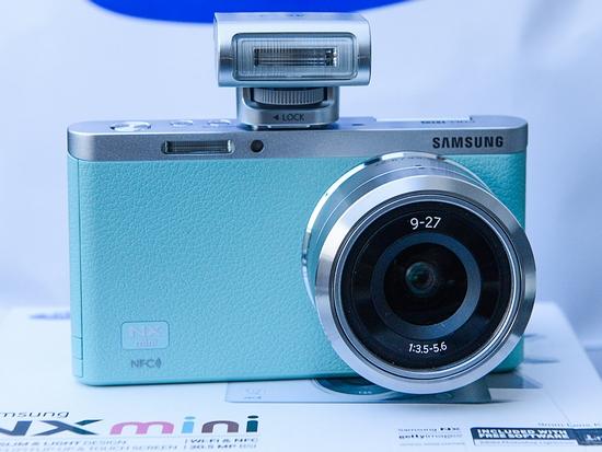 Shoot WOW! Share NOW! Samsung NXmini – pierwsze wrażenia
