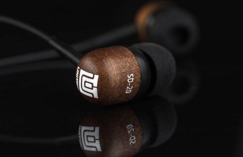 Doskonałe połączenie jakości, ceny i wyglądu, czyli recenzja słuchawek marki Unitra SD-20