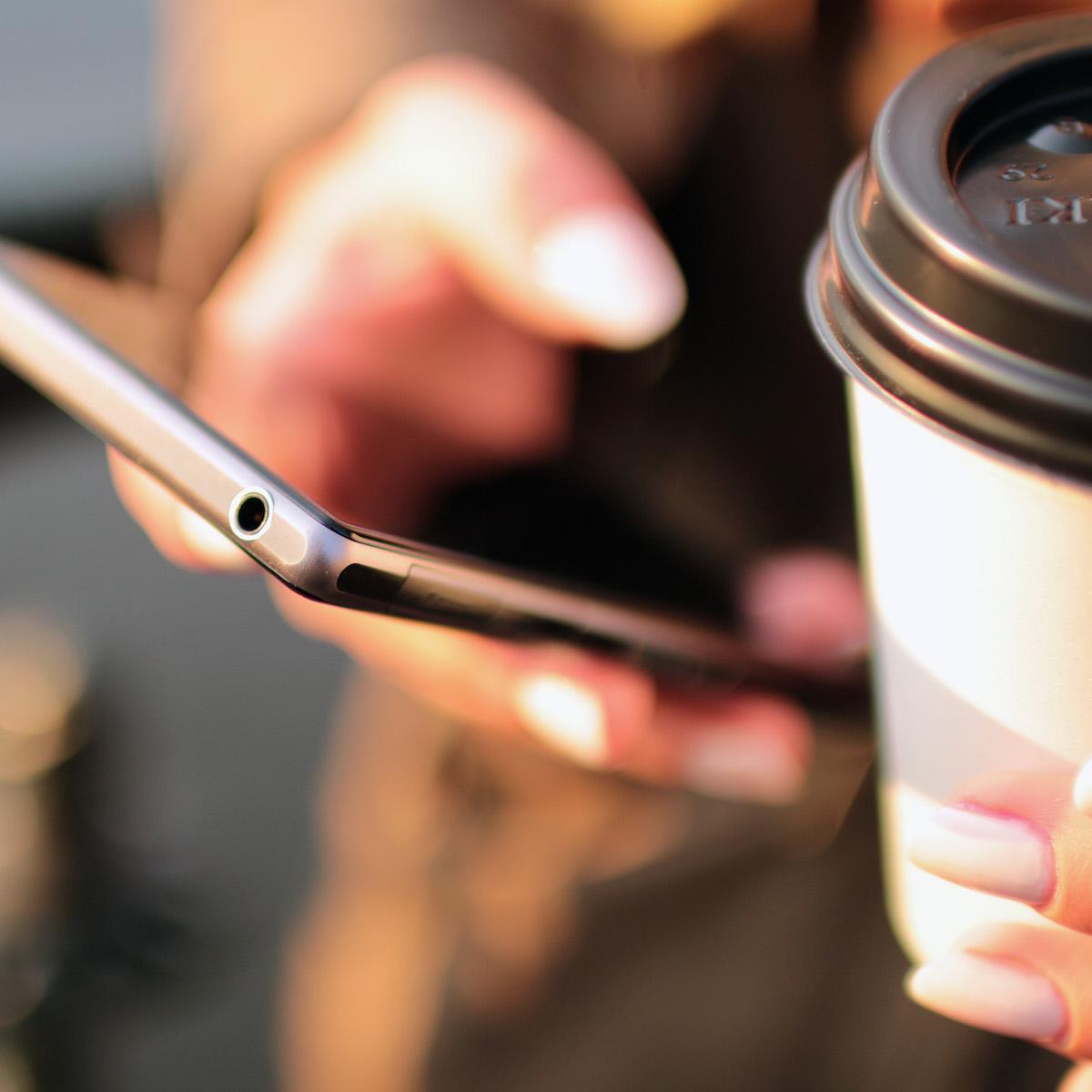Ranking aplikacji oraz domen wśród użytkowników urządzeń mobilnych – sierpień 2016