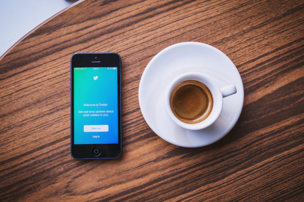 twitter_app_and_coffee_3