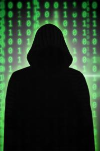 Uważaj! Nowy wirus atakuje na Facebooku!