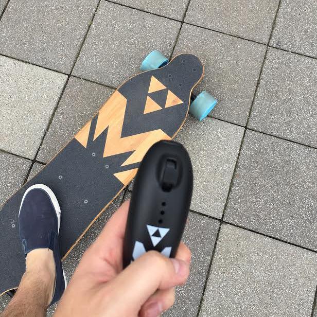 Elektryczny longboard polskiej produkcji? Proszę bardzo – Majestic Boards, pierwsze wrażenia