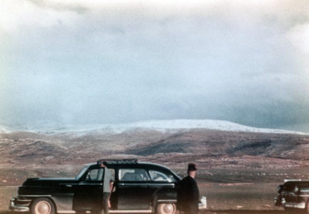 cars-on-tundra