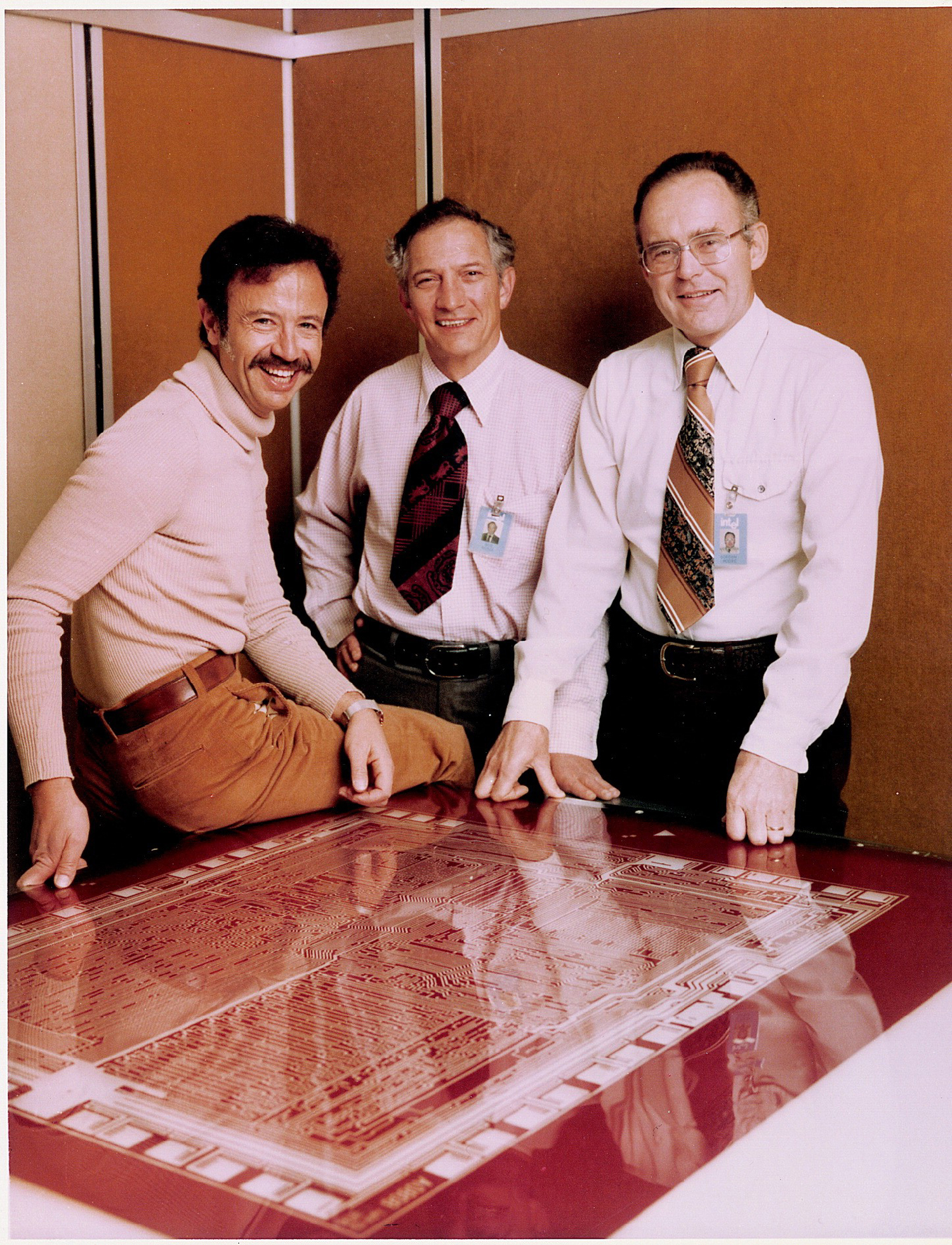 Legendy Intela - Andy Grove (po lewej), Robert Noyce (w środku) and Gordon Moore (po prawej)