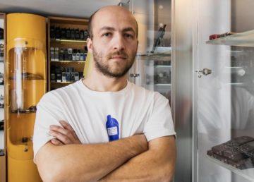 [WYWIAD] Ma ponad 1500 telefonów w domu, wywiad z Pawłem Wiśniewskim-Hassenpflug, inicjatorem Muzeum Komórek