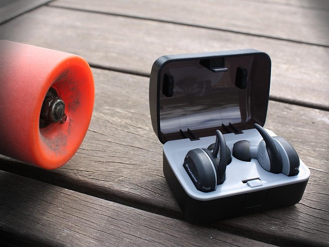 Słuchawki Pioneer E8, kółko od deskorolki