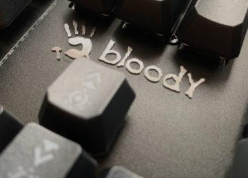 Poznajcie Bloody B975: pierwsze wrażenia z testów klawiatury mechaniczno-optycznej