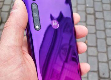 Motorola One Macro to jeden z najprzyjemniejszych telefonów do 1000 zł