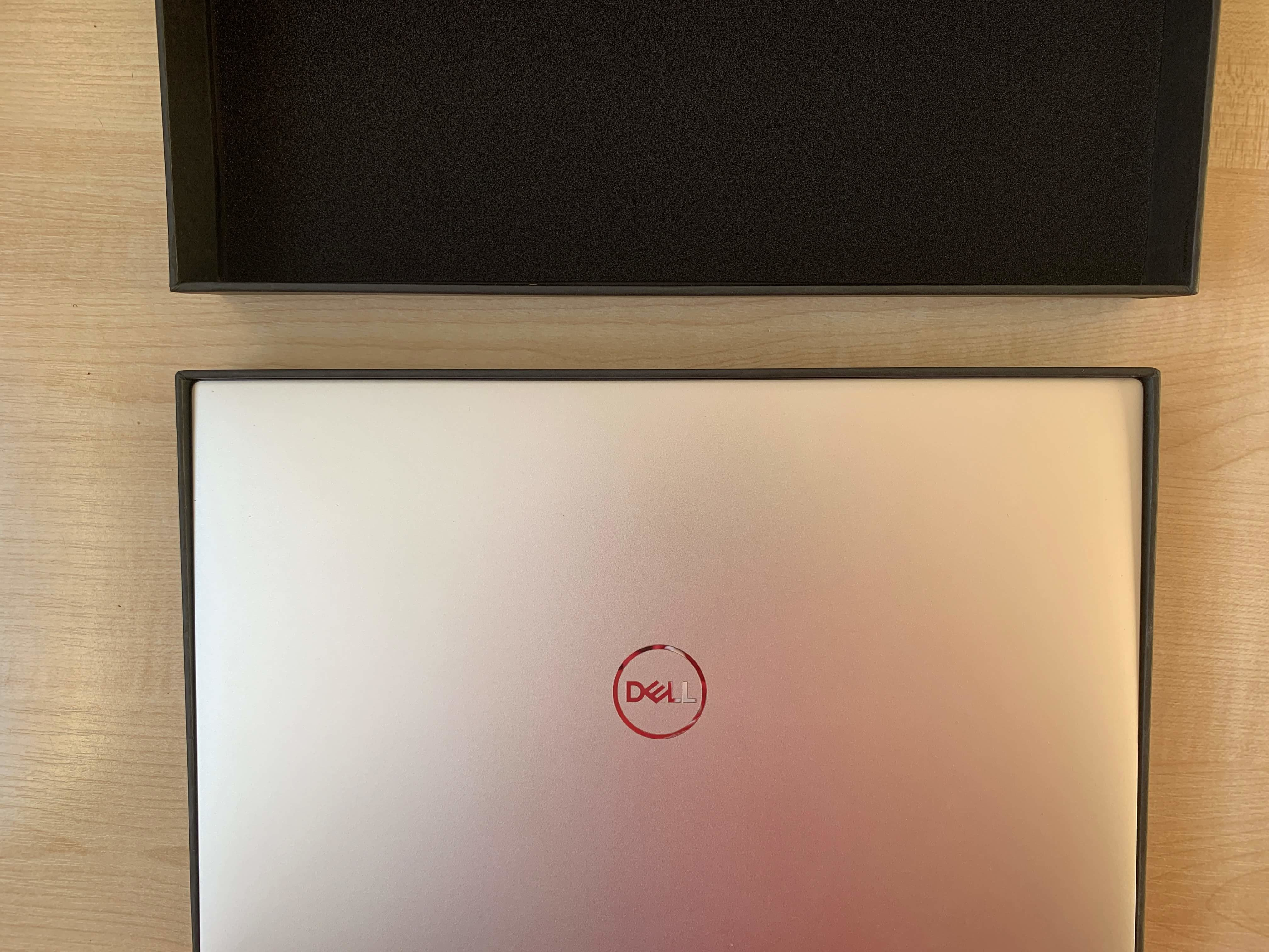 Dell XPS 13 7390 karton