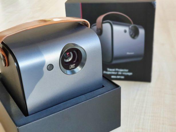 Pioneer travel projector 3