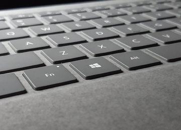 Surface Laptop 3 – pierwsze wrażenia. Laptop w alcantarze